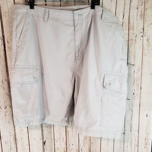 Nautica light gray cargo shorts sz 44W